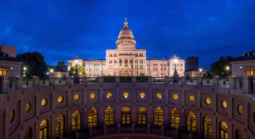 Moving to Austin? Here's Everything You Need to Do
